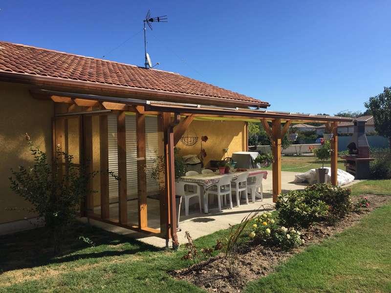 Pergola bois avec toiture translucide