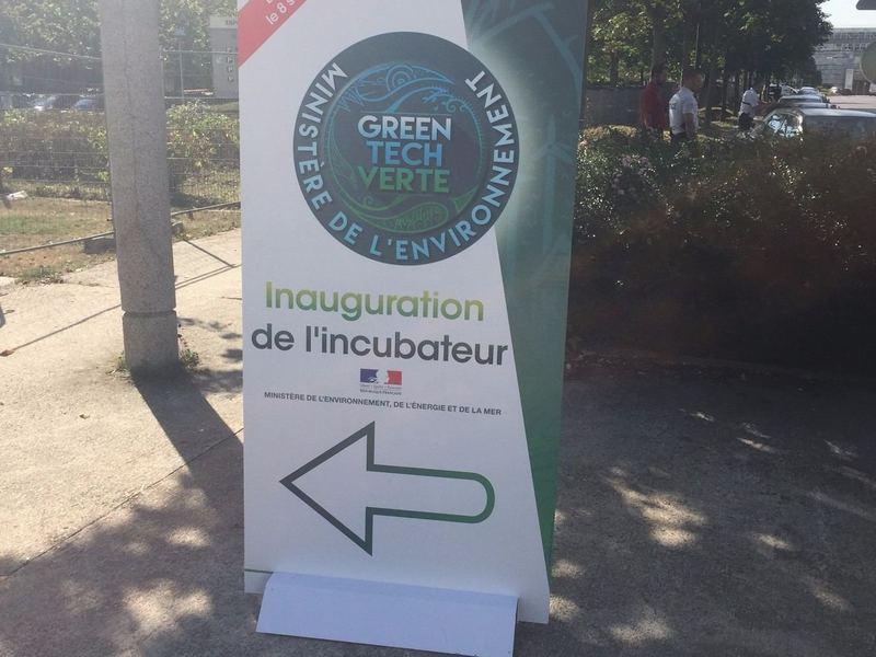 Inauguration de l'incubateur pour les lauréats GreenTech...