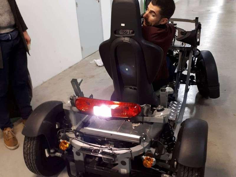 Loïc teste un proto de Twizzy chez Renault