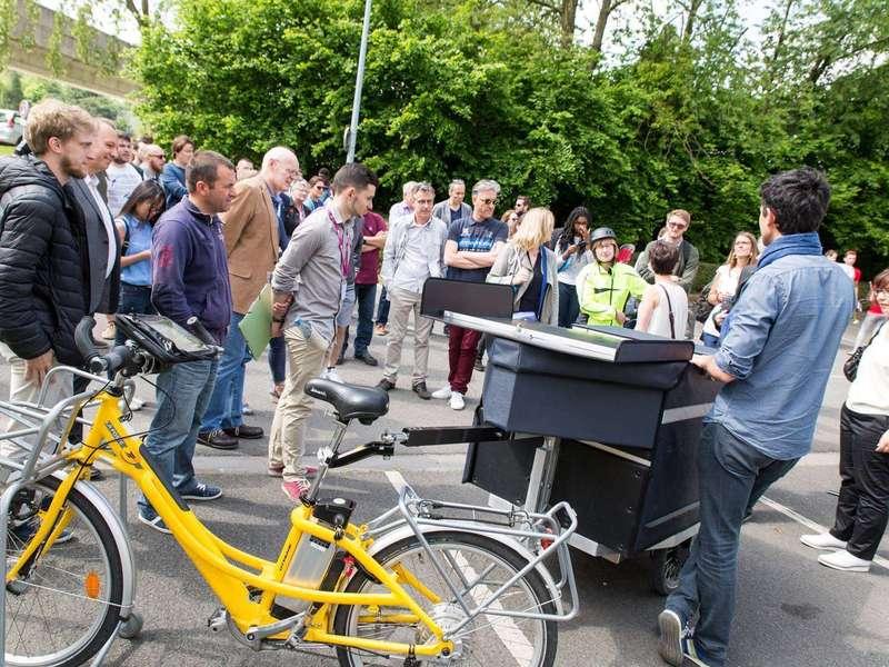 Théo et Laurent sont à Lille, pour une journée de démo sur le campus de Lille 1